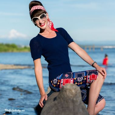 totally-captivating-red-white-blue-05