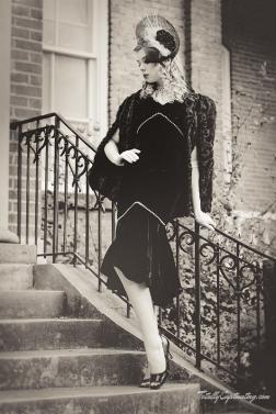 faye-black-dress-01