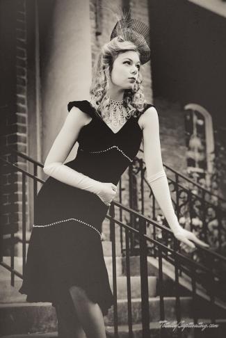 faye-black-dress-09