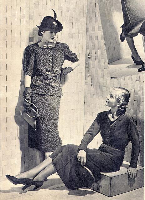 Through the Decades: Women's Handbags &Purses